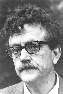 For Kurt Vonnegut 164 Quotes are available